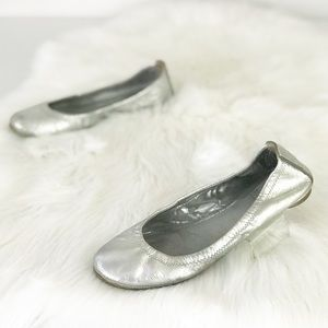 Tory Burch Reva Silver Ballet Flats Worn S889